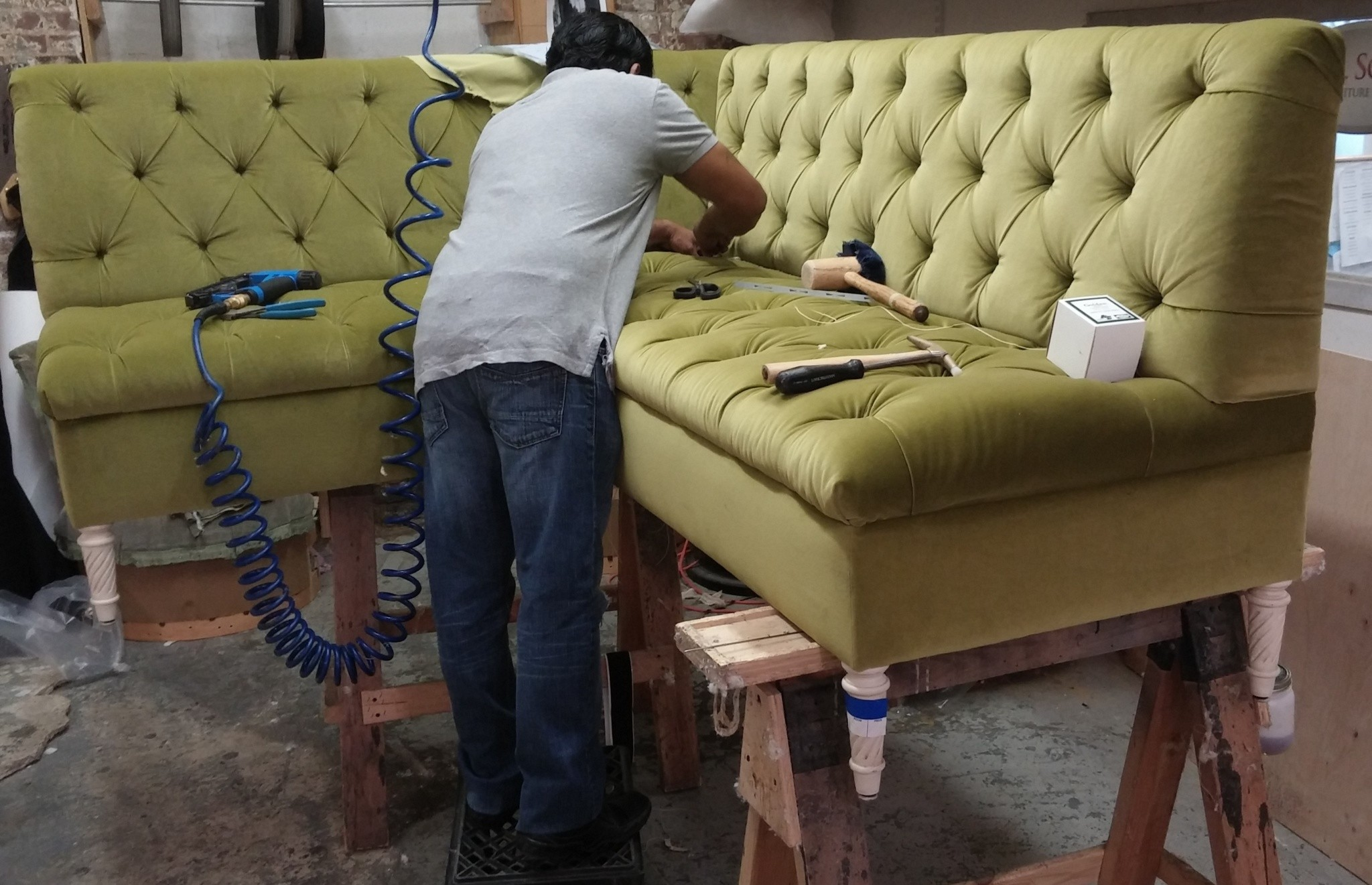 Upholstery dust mites removal services in Hughes